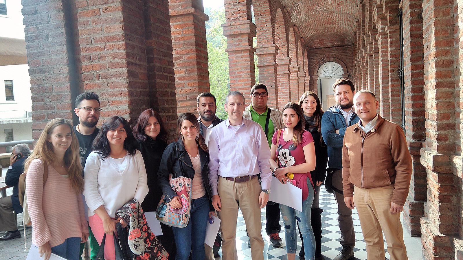 Curso Diseño Editorial con Indesign en Capacitación Continua UC en el Centro de Extensión UC - Roberto Morales E.
